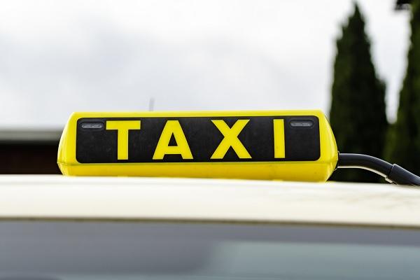 Taxi et vtc la r glementation est encore modifi e for Resultat examen taxi 2017 chambre des metiers
